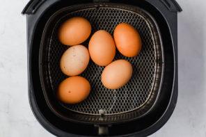 Lay eggs on air fryer rack