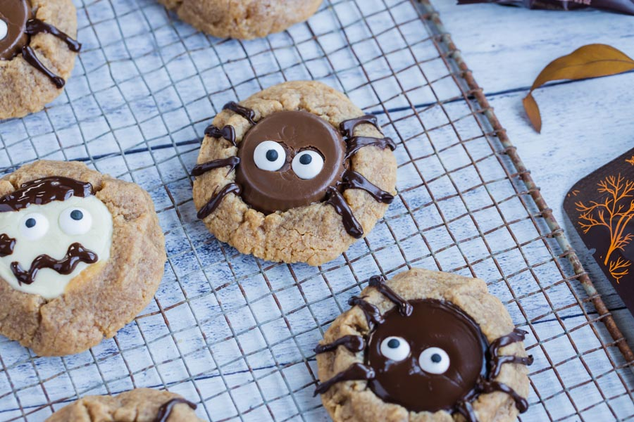 spider cookies with a peanut butter cup inside