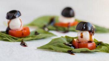 balsamic glazed caprese bite