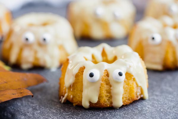 white chocolate drizzled down mini bundt cakes with eyes