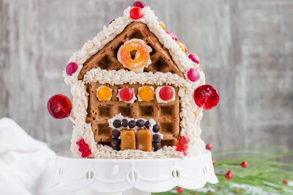 keto gingerbraed chaffle house