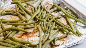 a pan of roasted maple mustard green beans