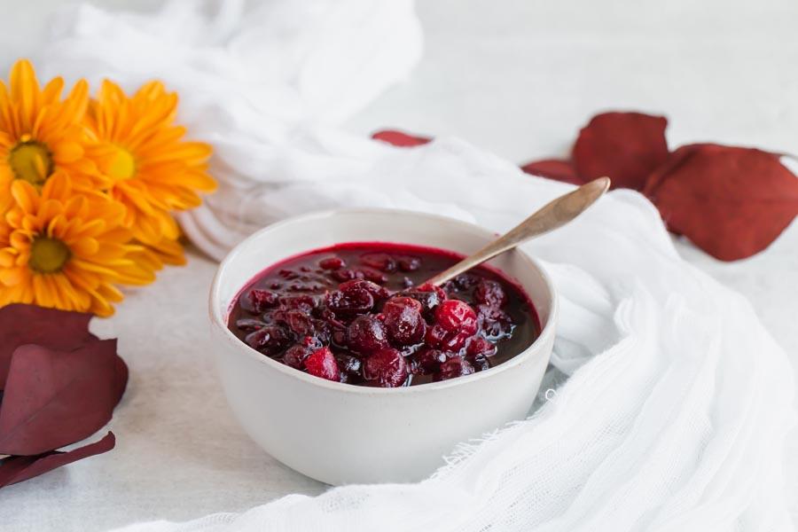 bowl of vanilla cranberry sauce